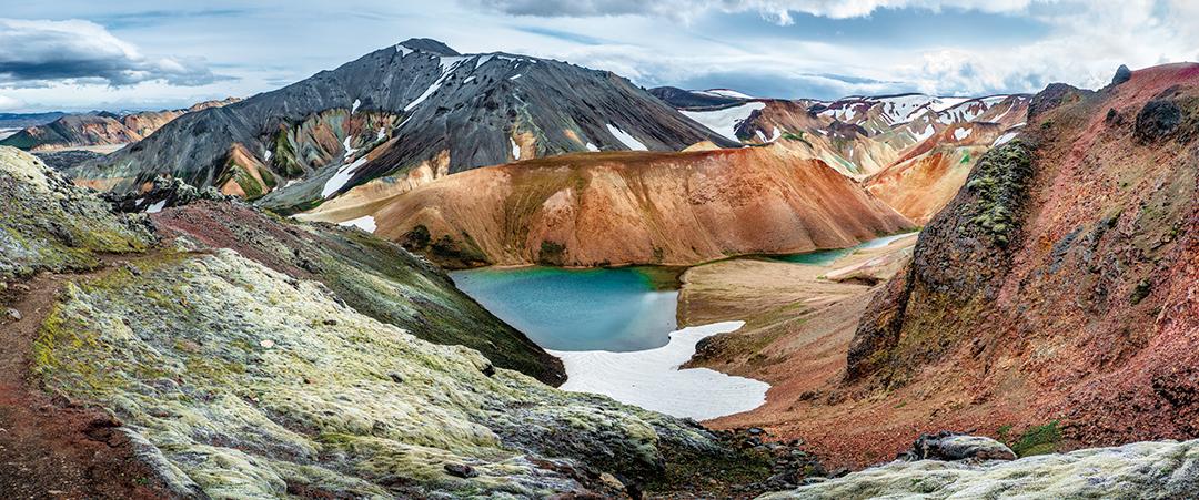 アイスランド・ハイランドでトレッキング